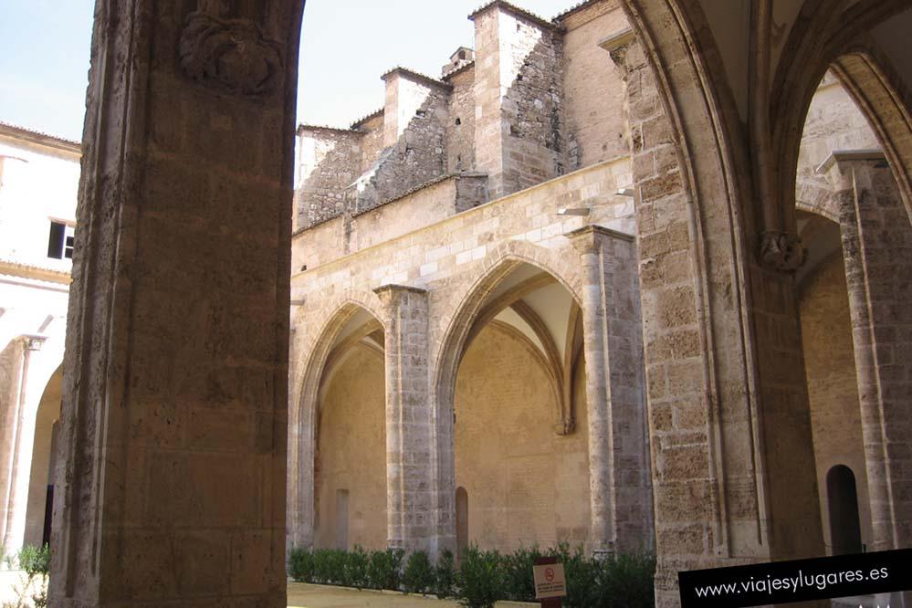 Museo Convento del Carmen