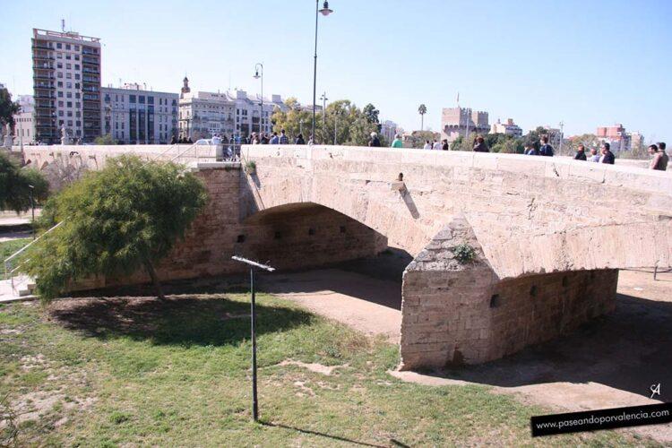 Puente de la Trinidad en Valencia