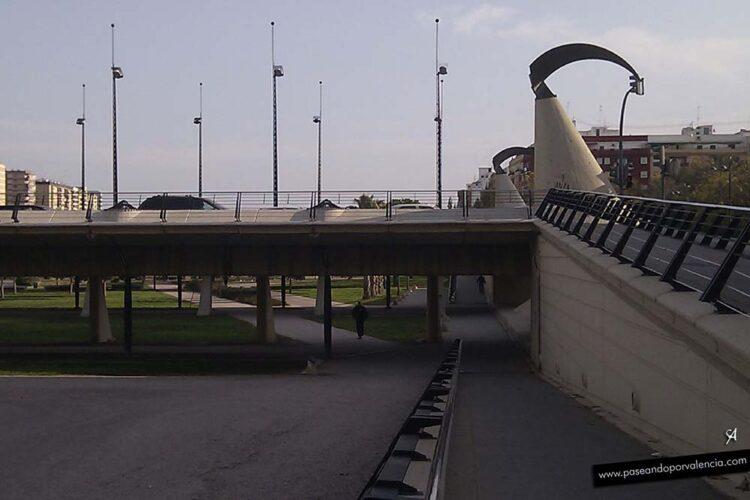 Puente Nou d'Octubre en Valencia