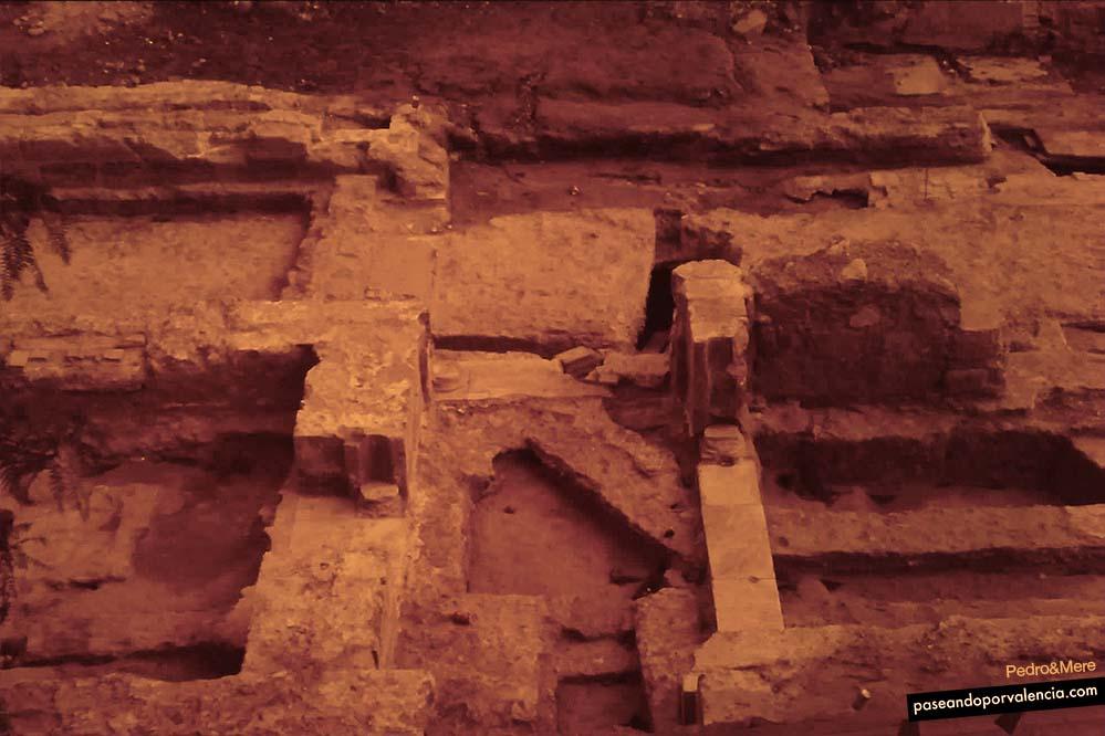 Excavaciones palacio del Real en Valencia
